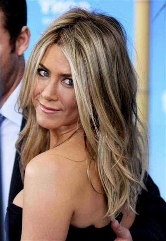 Hair-Color-Trends-2015-Summer-Blonde-Hair-Color-with-Long-Hairstyles
