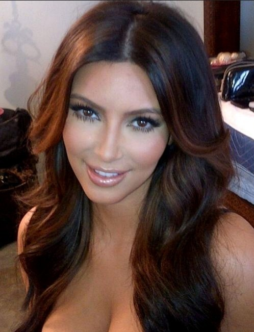 Kim-Kardashian-Long-Hairstyle-with-Layers