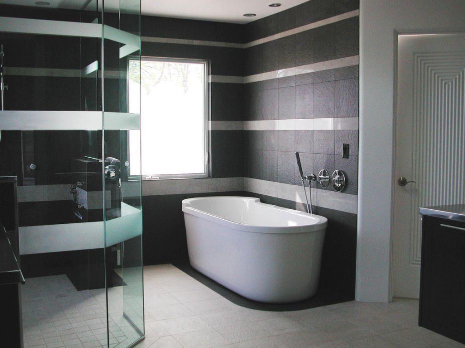 Modern Luxury Bathroom Design and Decor Ideas