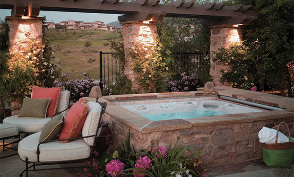 Traditional-Patio-Design-with-Square-Hot-Tub-and-Stone-Surrounded-Ideas