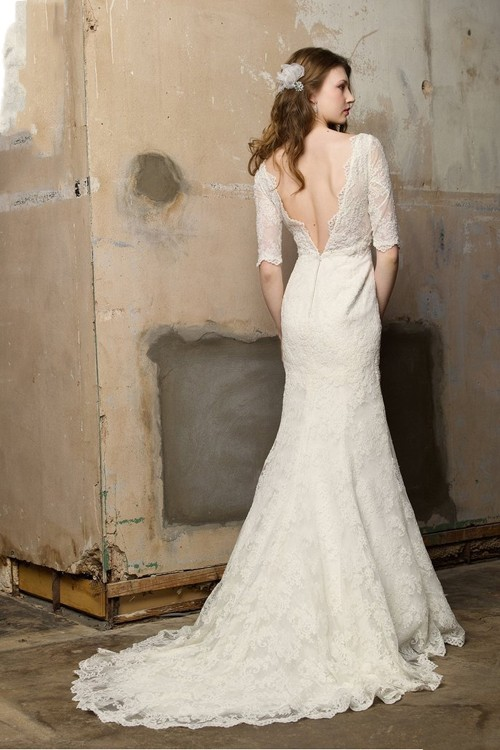 backless-lace-wedding-dresses