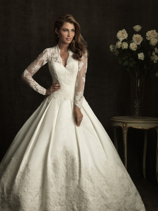 lace-v-neck-ball-gown-sheer-laced-sleeves-wedding-dress-with-chapel-train