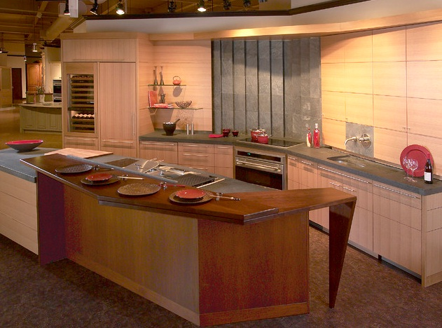 Asian-kitchen-with-red