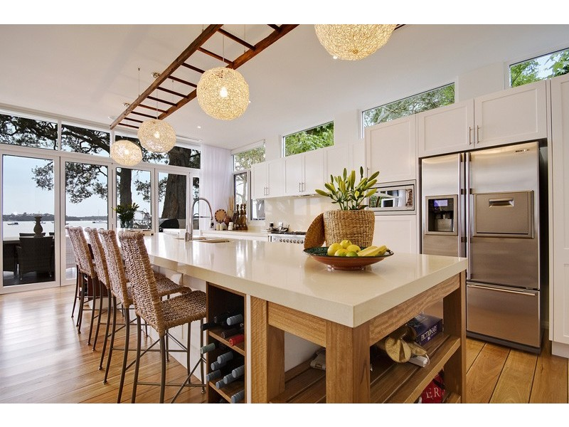 Beach-kitchen-design