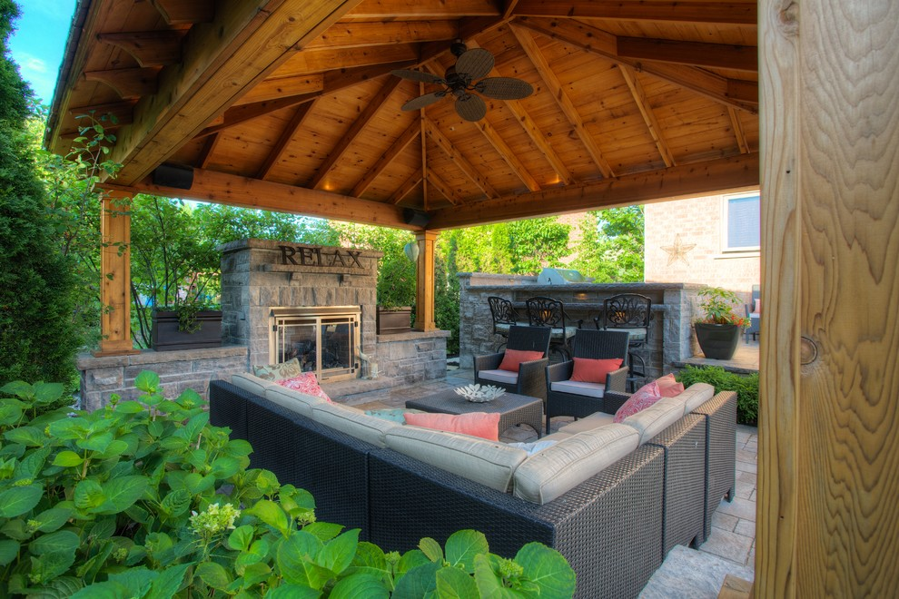Comely-Patio-Traditional-design-ideas-for-Covered-Outdoor-Patios-Image-Gallery