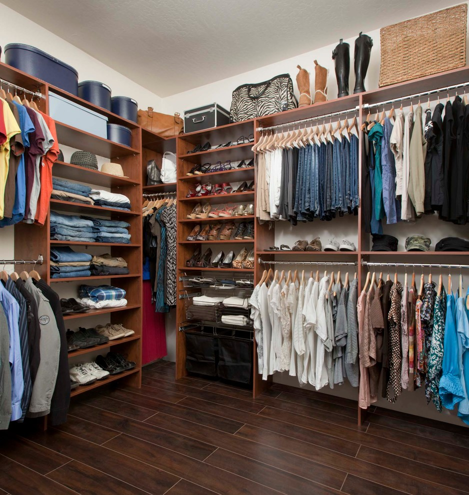 Fair-Closet-Traditional-design-ideas-for-Billy-Bookcase-Closet-Decor-Ideas