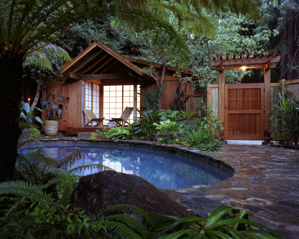 Incredible-Bamboo-Fence-decorating-ideas-for-Pool-Tropical-design-ideas-with-Incredible-boulder-casita-ceiling