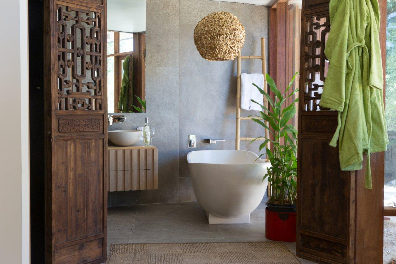 Luxury Bathroom In Bali Bathroom