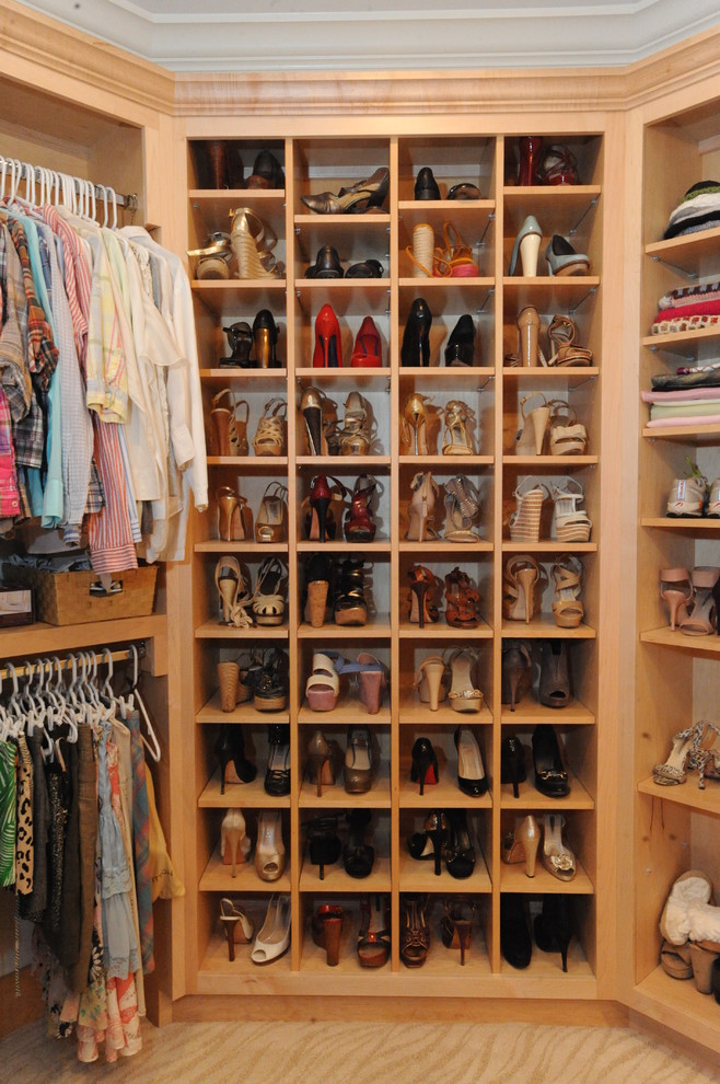 Spectacular-Shoe-Cabinet-Furniture-Decorating-Ideas-Images-in-Closet-Traditional-design-ideas-