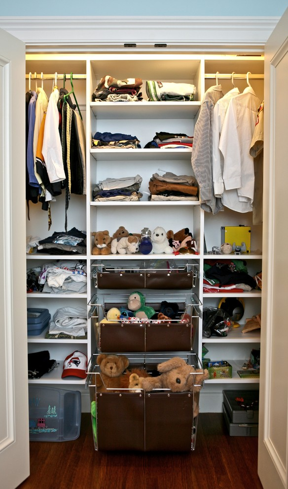 Traditional-with-childrens-closet-drawers