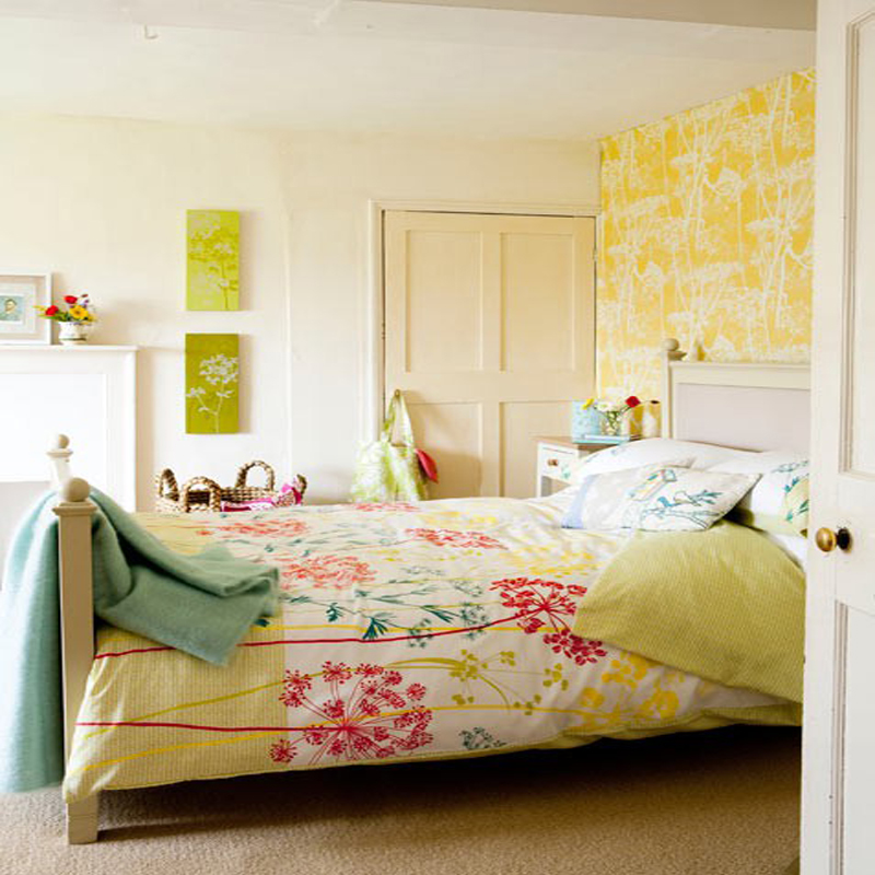 Very-Colorful-And-Bright-Bedroom-At-Awesome-Colorful-Bedroom-Design