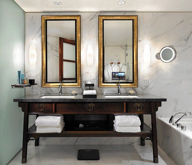 asian-influenced-bathroom-designs-9