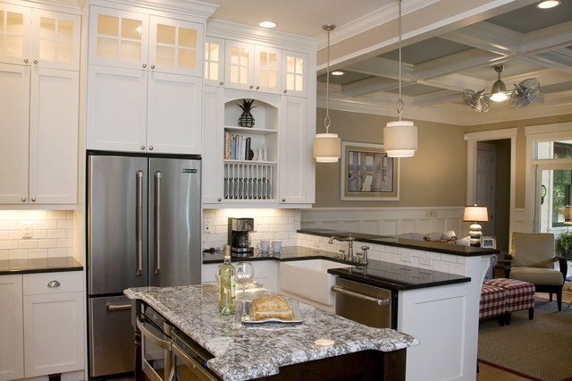 beach-style-kitchen-picture