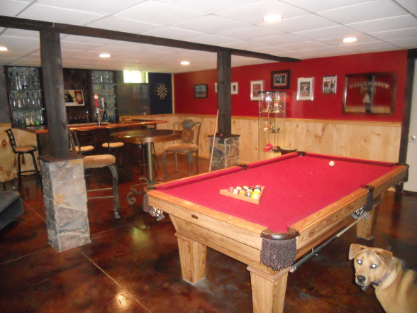 beauty-basement-ideas-for-men-man-cave-a-magnificent-man-cave-includes-a-pool-table-bar-with