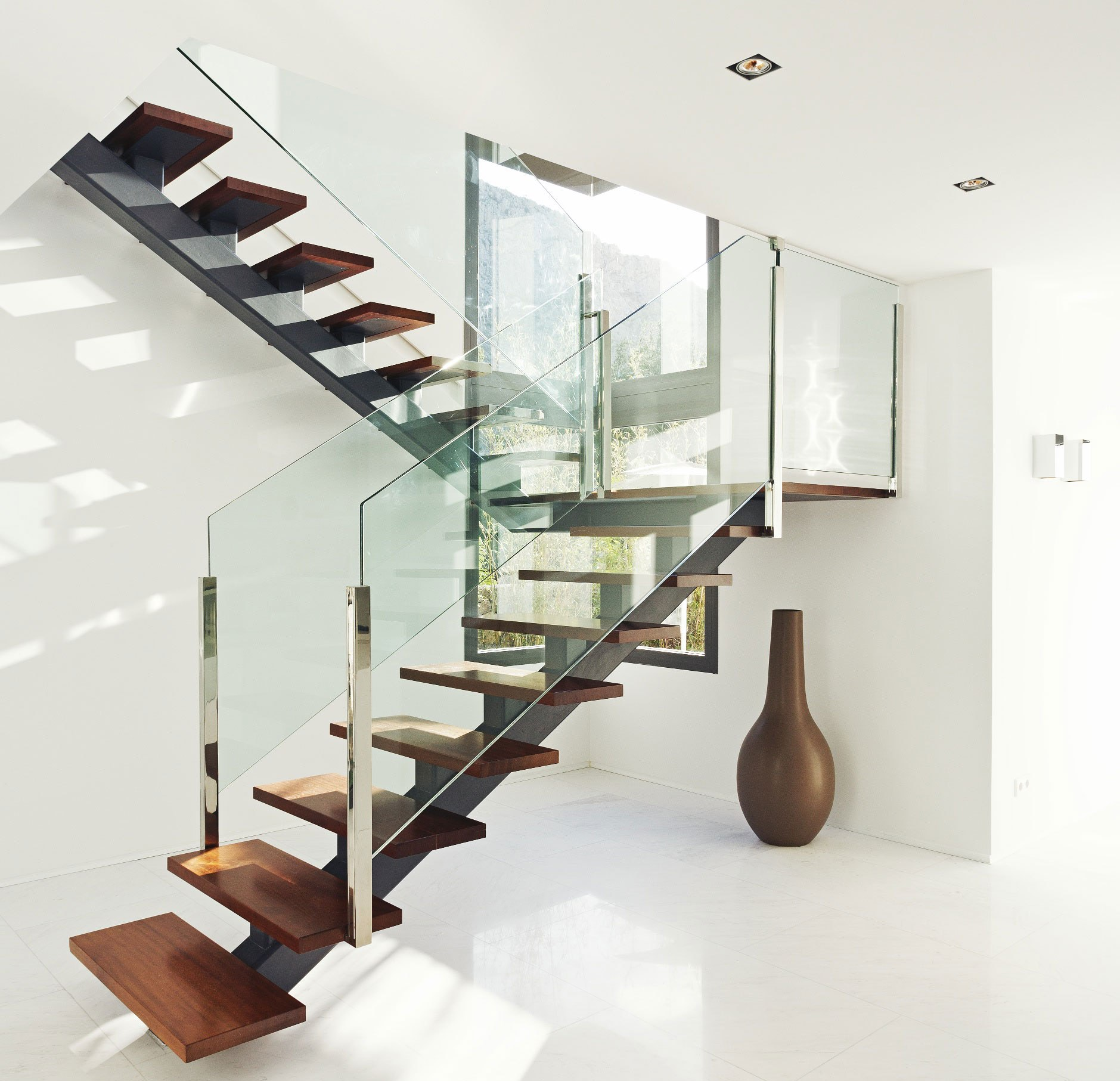 Colorful Staircase Designs 30 Ideas To Consider For A: 21 Beautiful Modern Glass Staircase Design