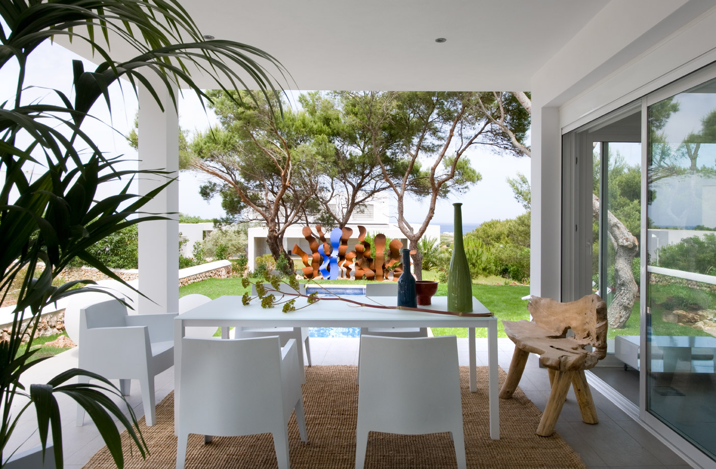 eclectic-seaside-house-design-3