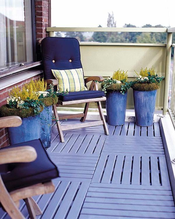 stylish-blue-balcony-design