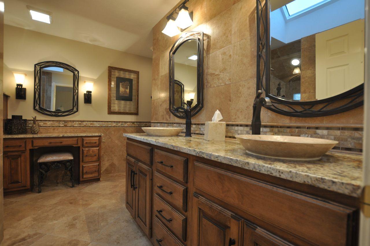 traditional-bathroom-ideas-old-world-bathroom-design-ideas