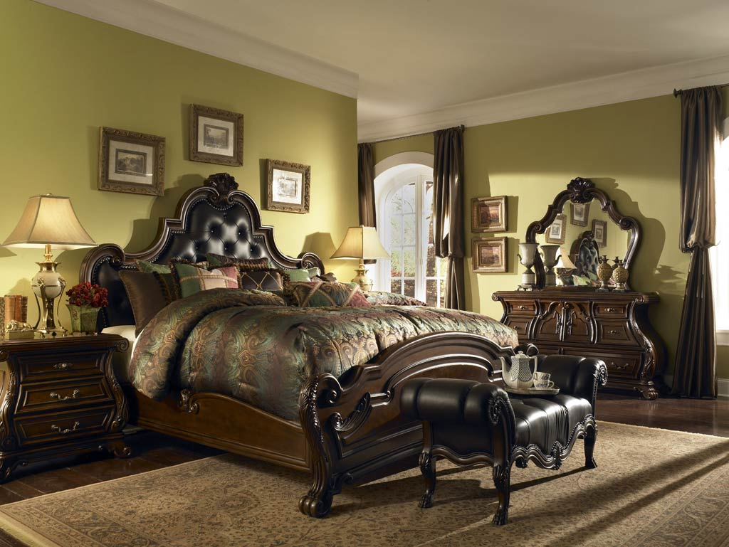 Miraculous 25 Stunning Traditional Bedroom Designs Wow Decor Home Interior And Landscaping Synyenasavecom
