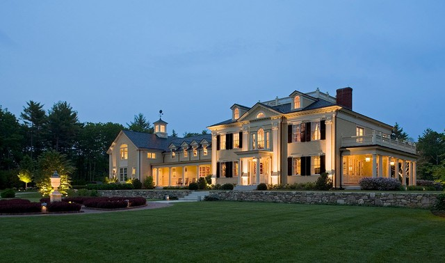 traditional-exterior-home-designs