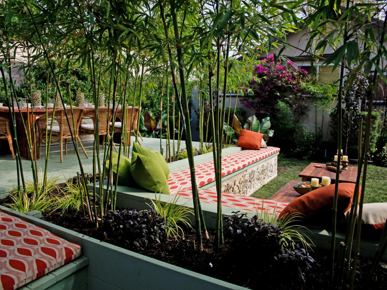 Asian-Outdoor-Living-Room_