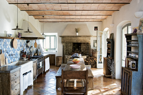 Cosy-Rustic-Kitchen