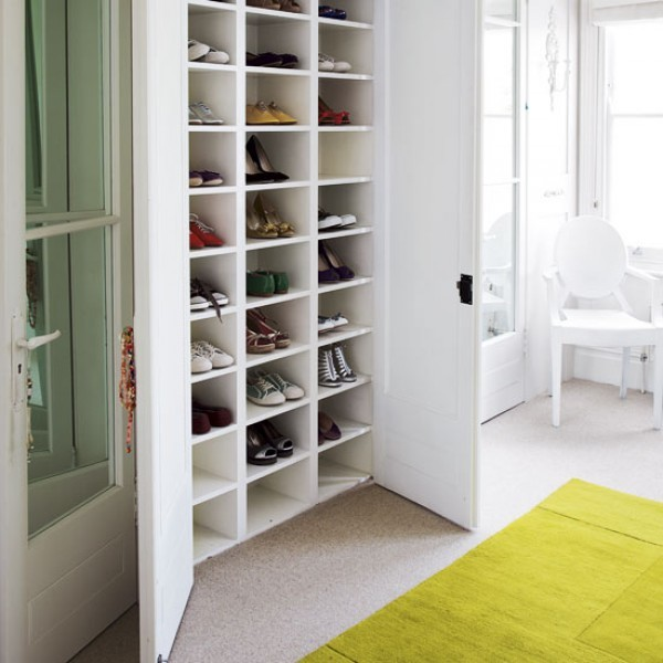 Decorative-Laundry-Room-design-ideas-for-Closet-Cubbies-Image-Gallery