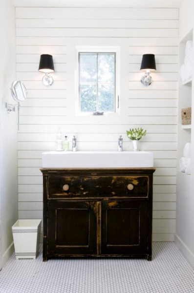 Fancy Lamps Farmhouse Bathroom