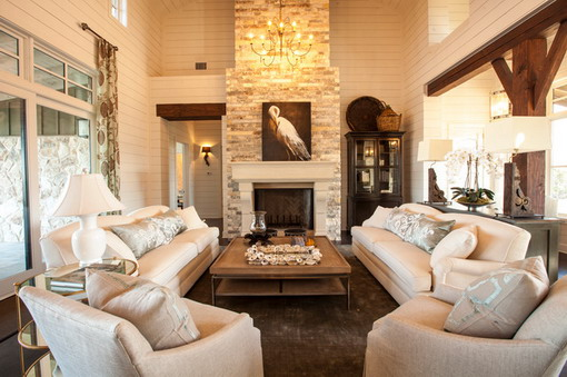 Farmhouse-Living-Room-with-White-Furniture