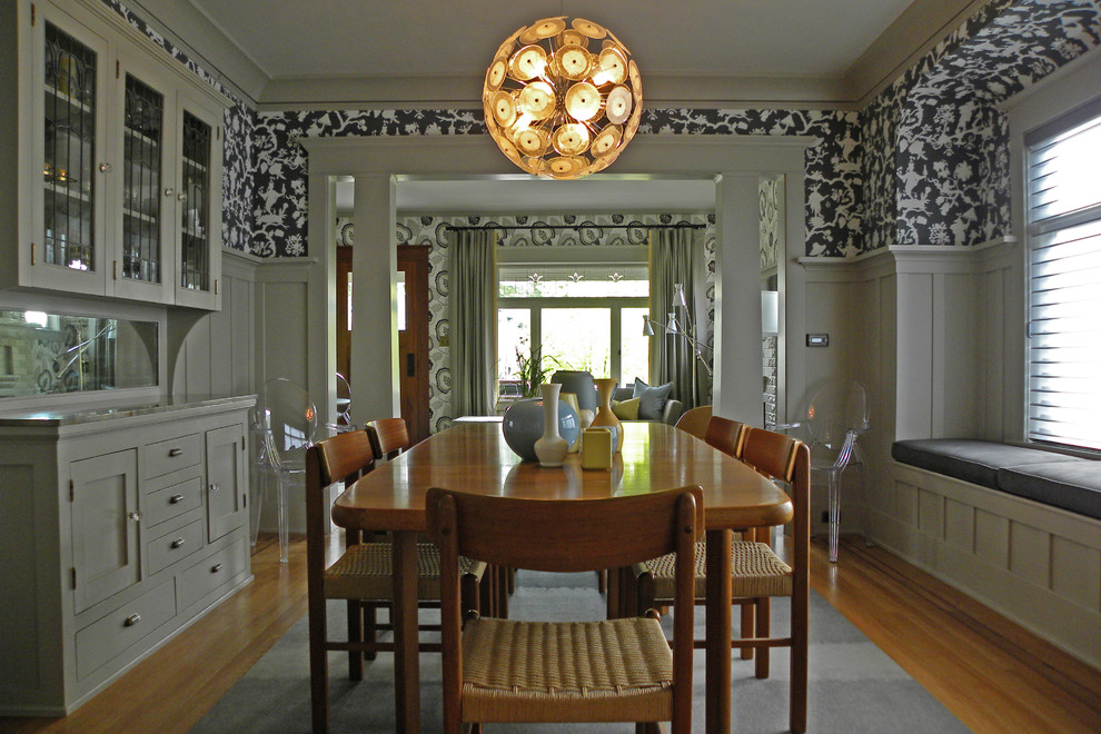 Killer-Dining-Room-Craftsman-design-ideas-for-White-Window-Seat-Image-Decor