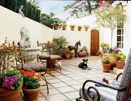 Mediterranean Outdoor Kitchen Design--