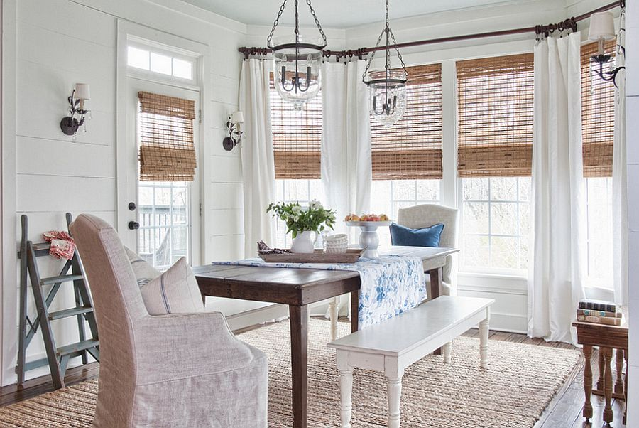 Natural-woven-wooden-shades-in-the-chic-farmhouse-dining-room