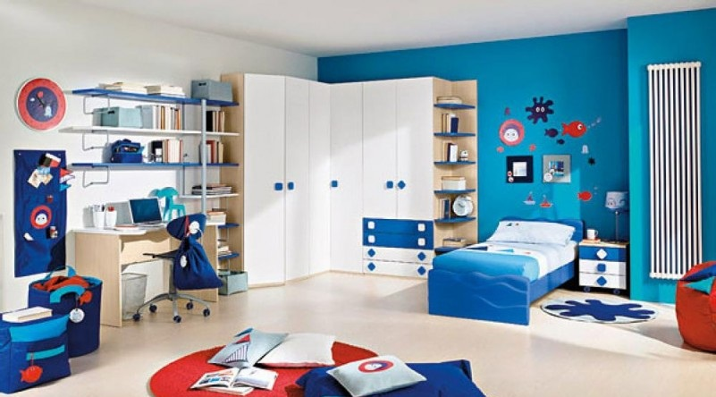 Red-White-and-Blue-Scheme-also-desk-also-bookself-and-circle-rug-801x490