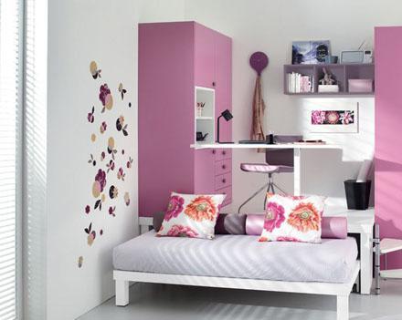 The-Purple-Wardrobe-of-Stylish-Teenage-Girls-Bedroom-Ideas-