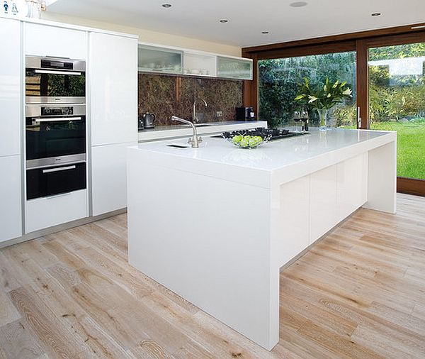 Ultra-modern-white-glossy-kitchen-island