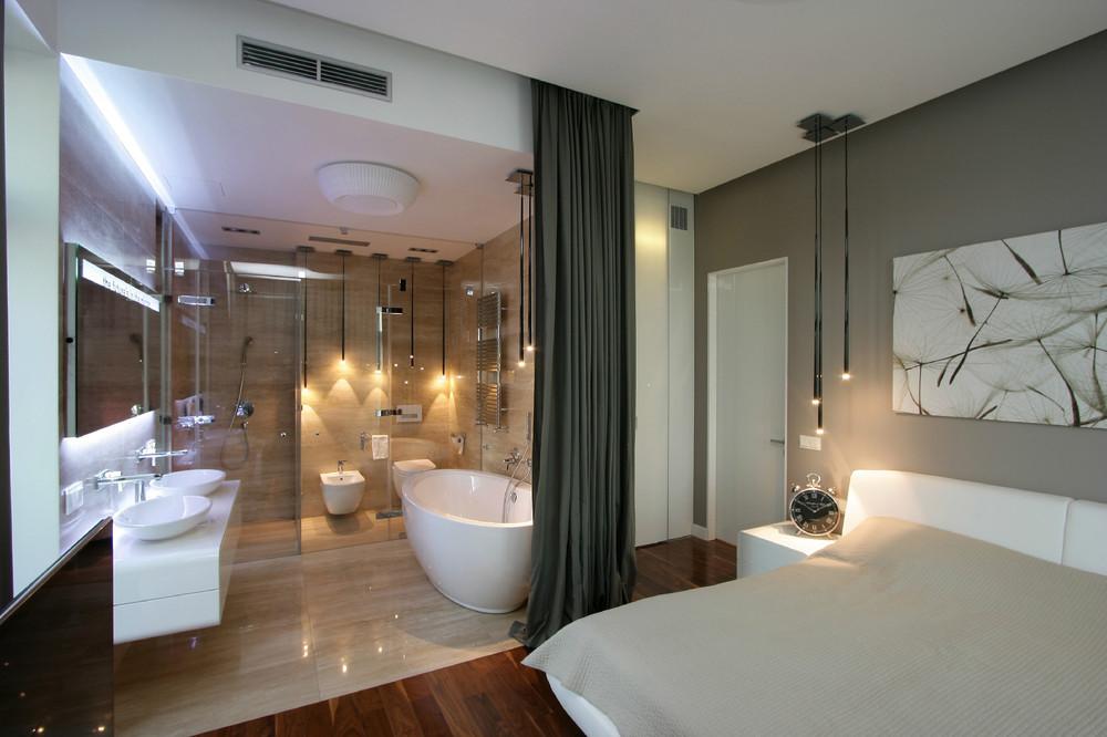 curtained-bathroom