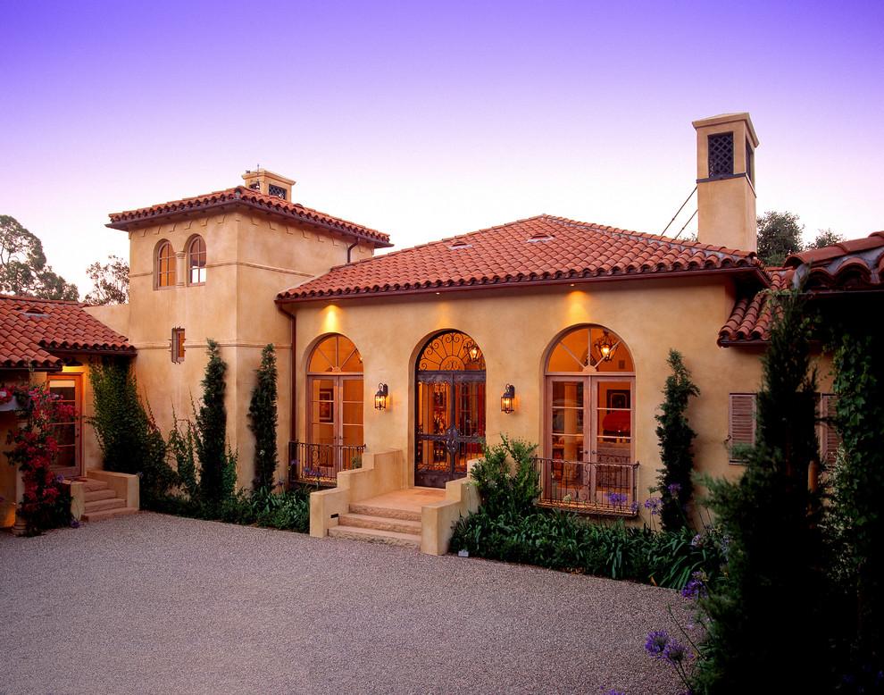 home-interior-design-Mediterranean-Exterior-