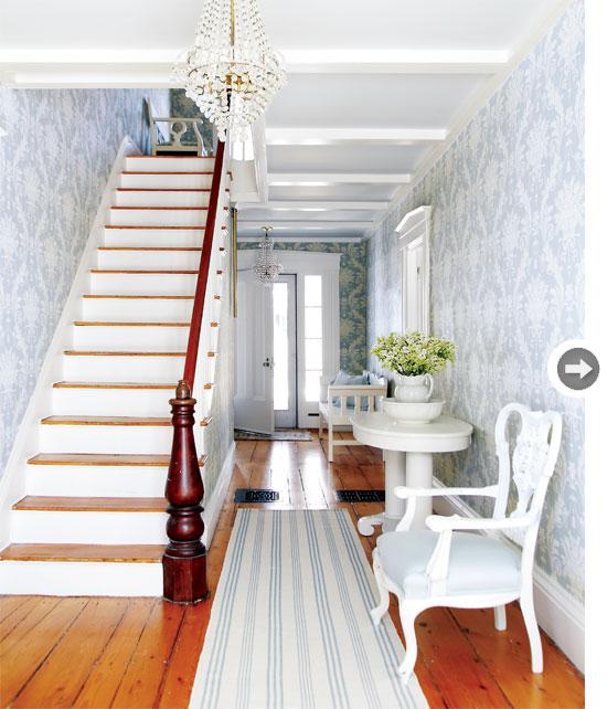 interiors-vintage-charm-entryway