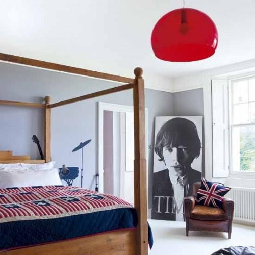 light-traditional-bedroom-500x500