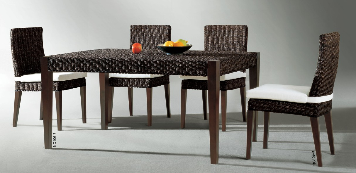 luxury-dining-set-