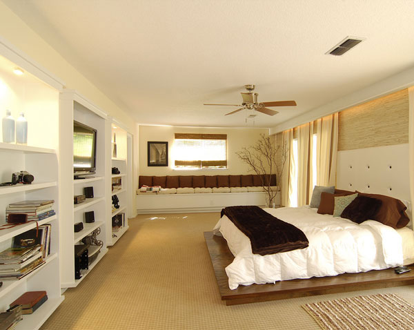 master neat-bedroom
