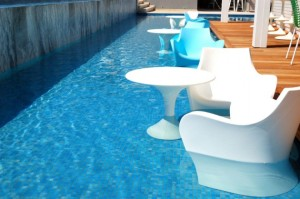 15 Awesome Pool Bar Design Ideas
