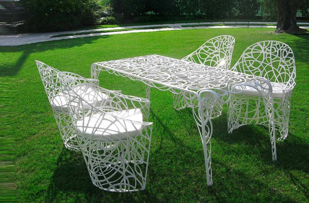 Amazing-Outdoor-Furniture-Radic