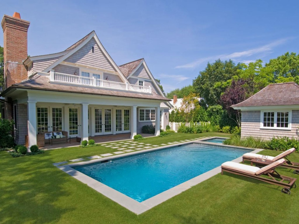 -Country-Outdoor-Backyard-Pool