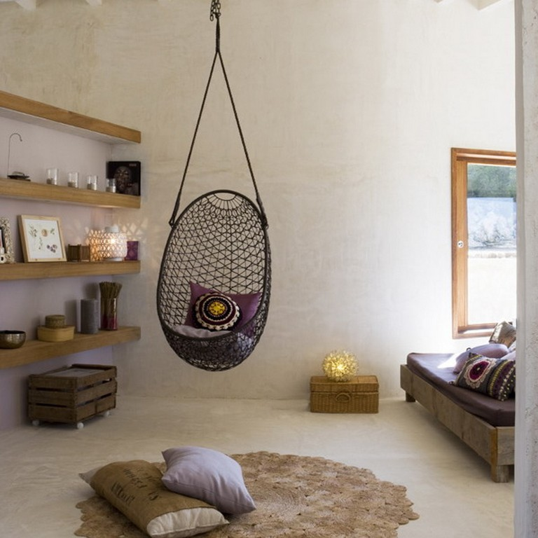 Dream-Chair-Hammock-with-Stand-for-Indoor-With-Wooden-Wall-Shelves