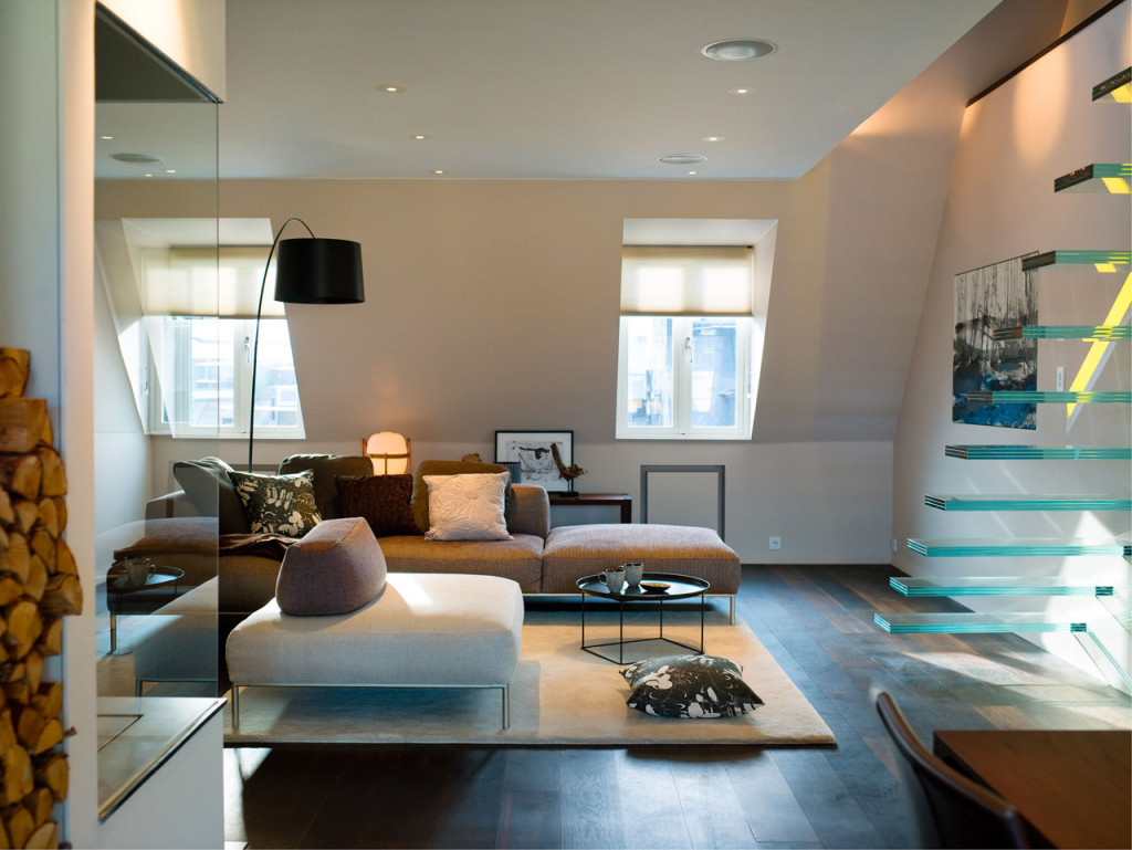 Elegant-Modern-Penthouse-With-Glass-Theme_
