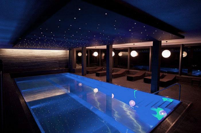 21 beautiful swimming pool lighting ideas wow decor for Pool design lighting