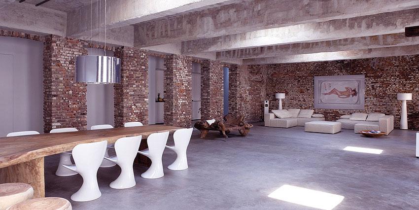 Open-Plan-Exposed-Brick-Wall-Interior-Decor