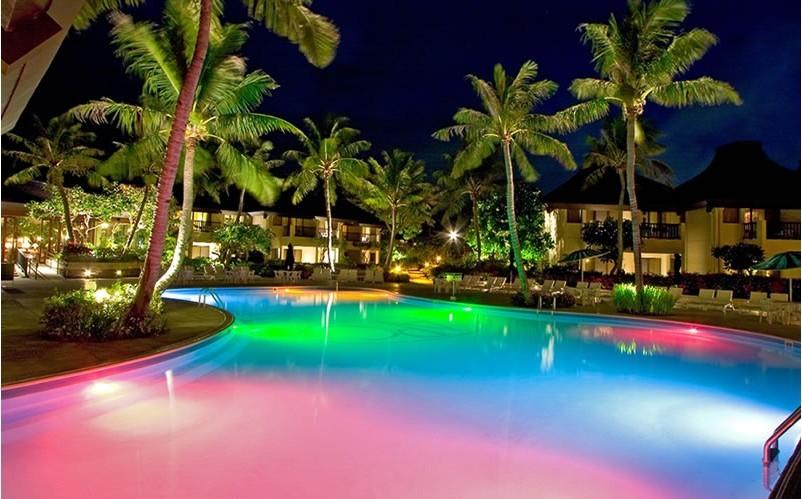 21 Beautiful Swimming Pool Lighting Ideas – Wow Decor