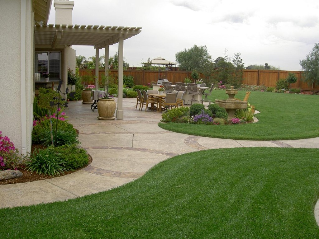 backyard-designs-photos
